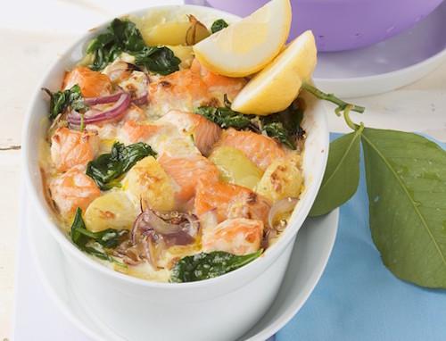 gratin de saumon, pommes de terre et épinards